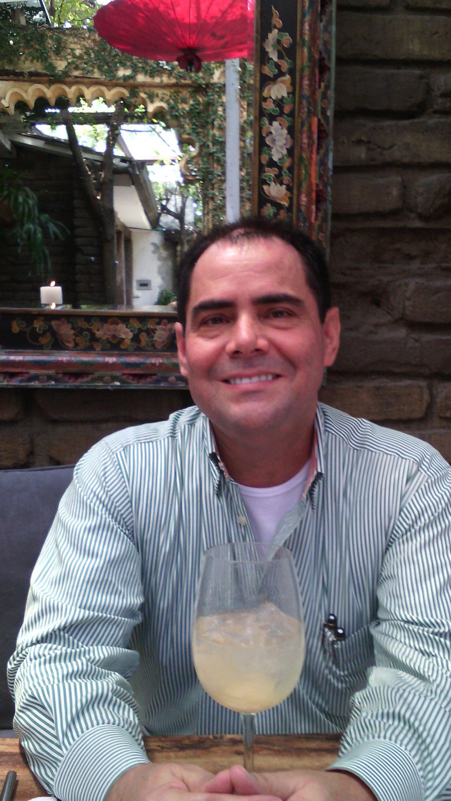 Dr. Henry Escobar Fonseca