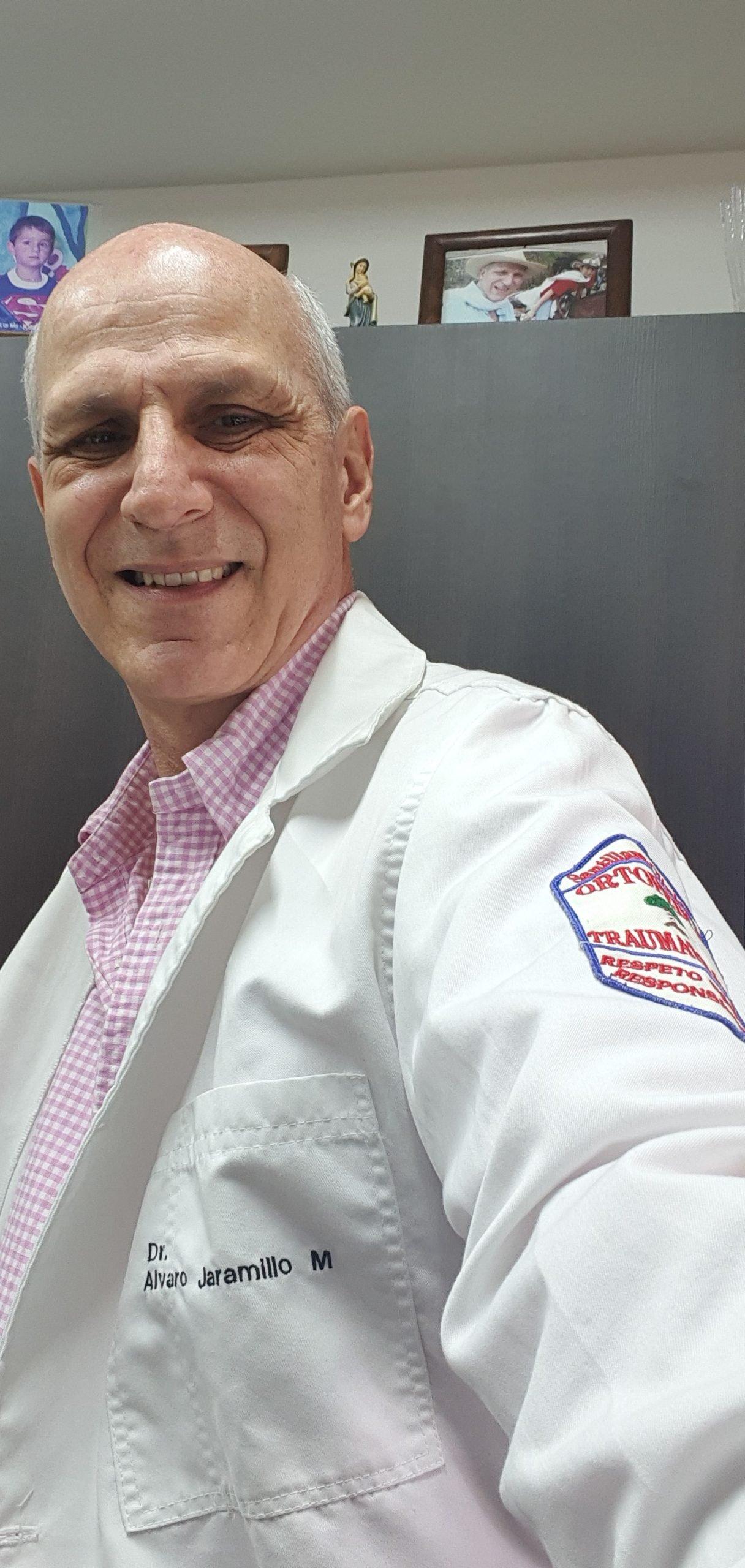 Dr. Álvaro Jaramillo Mejía
