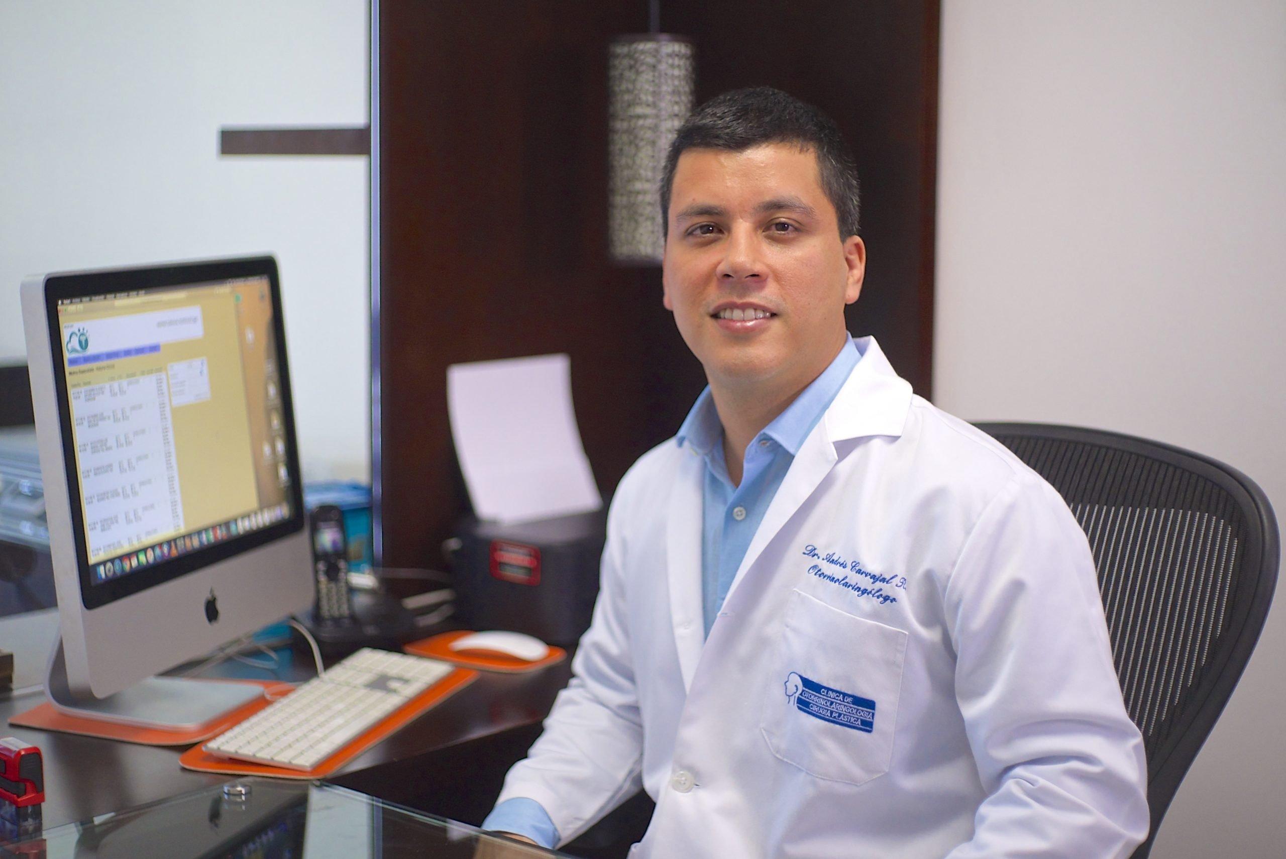 Dr. Andrés Carvajal Rodríguez