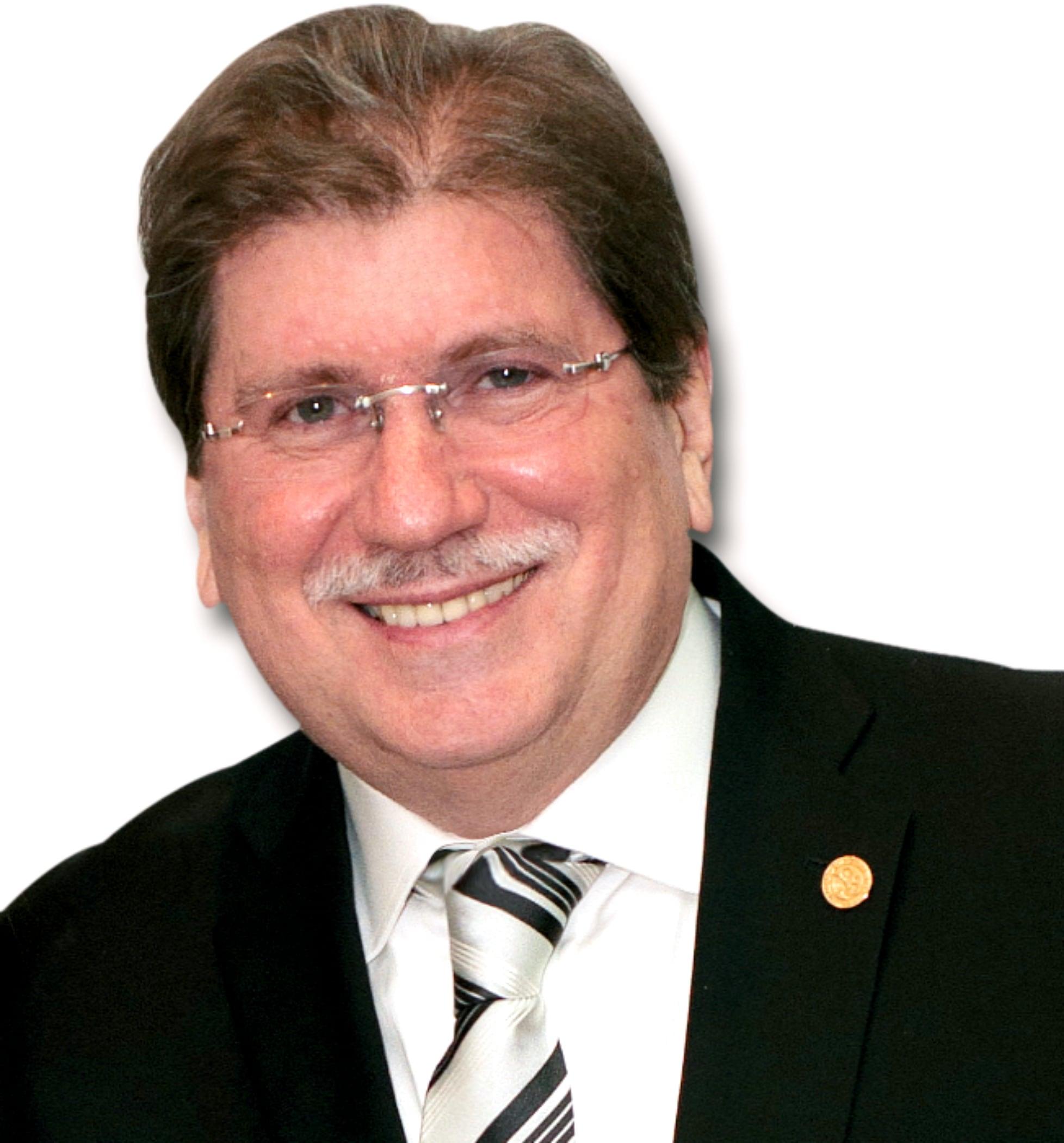 Dr. Hernando Antonio Villamizar Gómez
