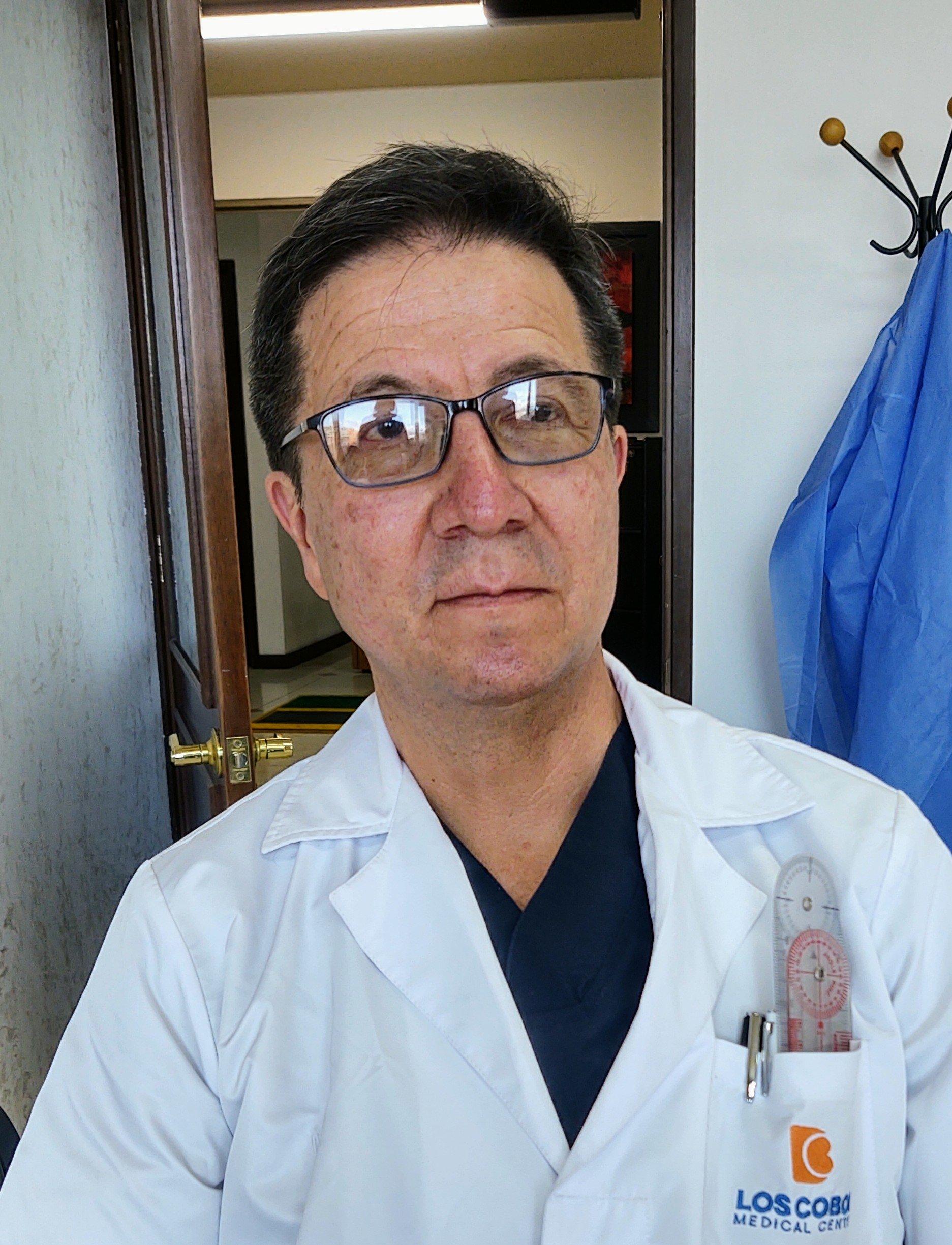 Dr. Oscar Eduardo Reyes Pardo